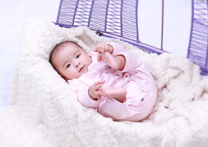 Bố họ Trịnh nên đặt tên con là gì hay? Đặt tên con họ Trịnh mang dấu ấn ba mẹ