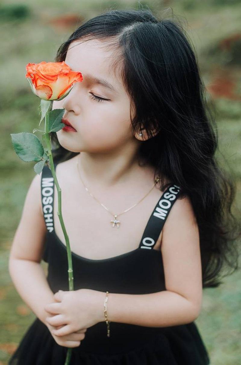 Tên Châu có ý nghĩa gì? Các tên Châu hay nhất cho bé nên chọn. Gợi ý các tên đệm, tên lót hay cho tên Châu nhiều ý nghĩa.